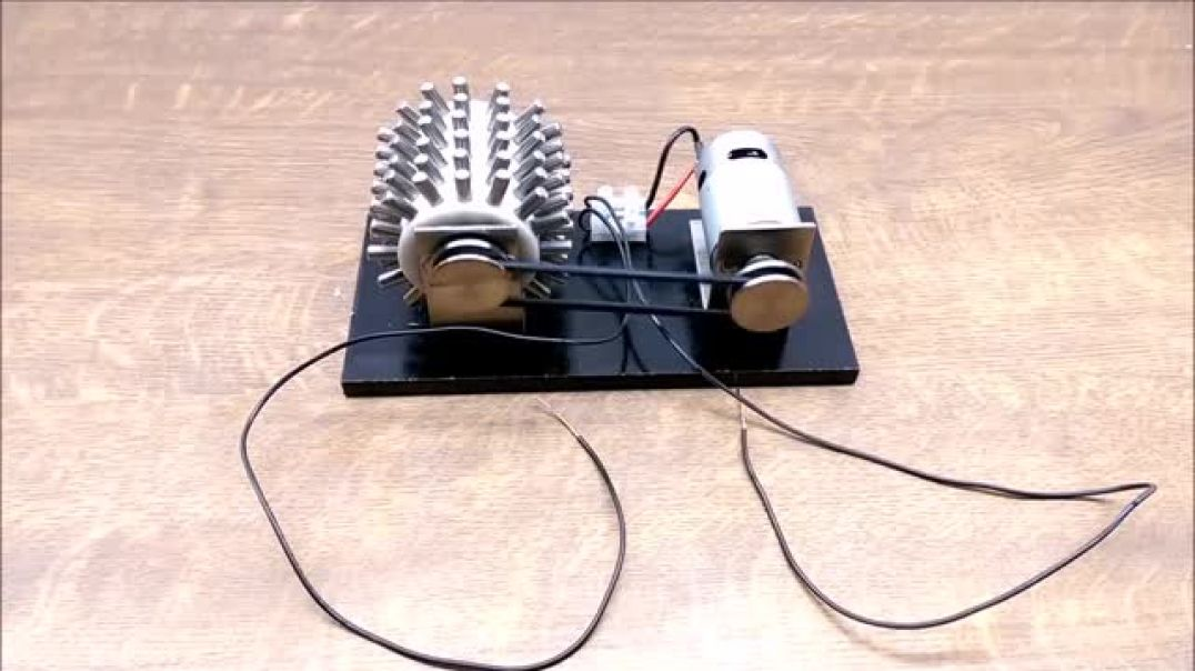 Magnet Motor - Free Energy Generator build yourself 2019 ✅_2.webm