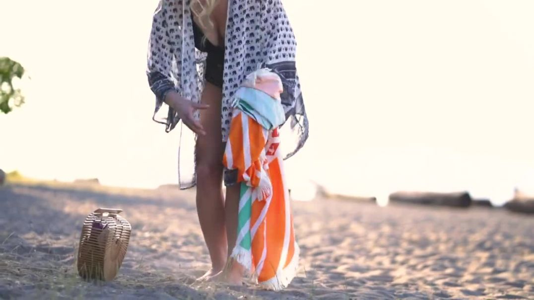 Revealed 2019 Stylish Beach Kimono, Bamboo Bag and Towel to Rock on the Sand this Holiday